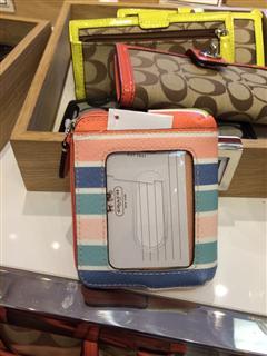 依美尚品 COACH 60248 14年新款条纹彩虹短款手拿零钱包手机包