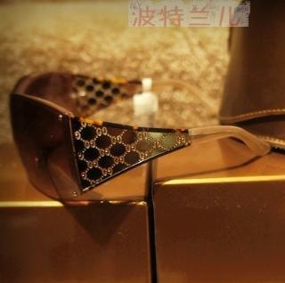 美国专柜GUCCI古驰经典双G LOGO宽边镂空设计镜腿墨镜5折现货包邮