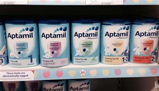 英国奶粉爱他美Aptamil5个阶段,包邮包税,6罐起邮。各阶段可混买。