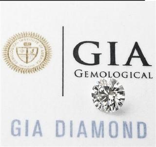 美国代购裸钻1克拉左右  随同GIA证书一起发货