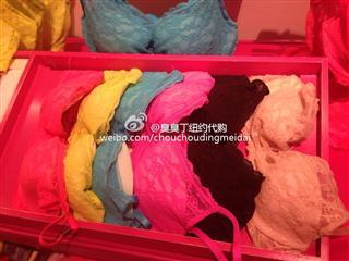 Victoria's secret 蕾丝胸罩(拍下请备注颜色尺寸)