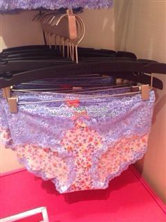 Victoria's Secret 蕾丝内衣套装(拍下请备注颜色尺寸)