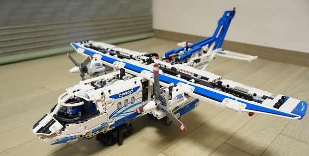 42025 乐高货运飞机6461616122cm 可变形为气垫船